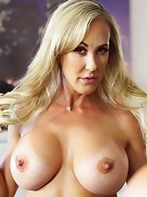 Brandi Love VR porn videos