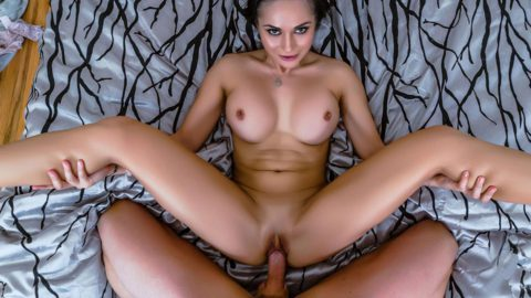 Banging The Most Adrenalizing Milf Crystal Rush