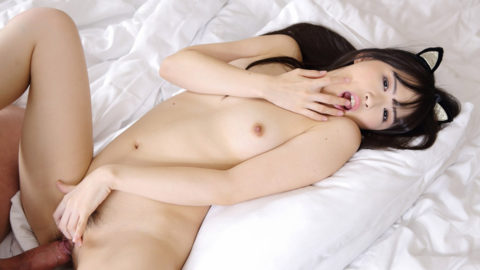 Japanese Stepdaughter Mai Honda Gets Naughty