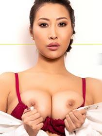 Sharon Lee VR porn videos